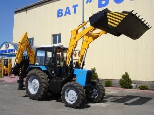 Экскаватор с фронтальным погрузчиком Борекс – 2206 на базе трактора BELARUS